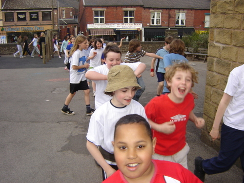 Hunters_bar_junior_school_sponsored_walk_21
