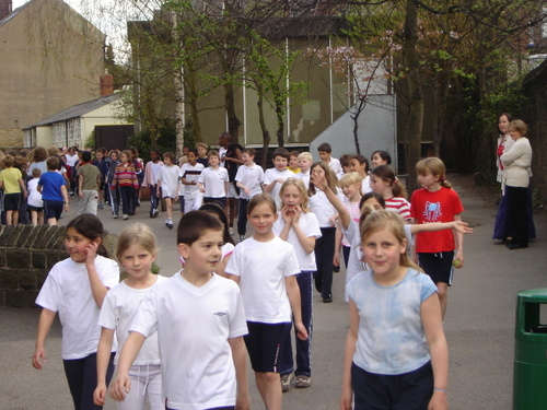 Hunters_bar_junior_school_sponsored_walk_23
